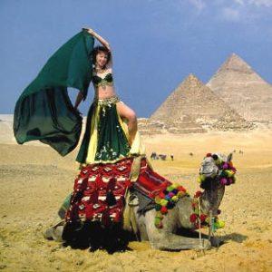 bellydance op kameel lds