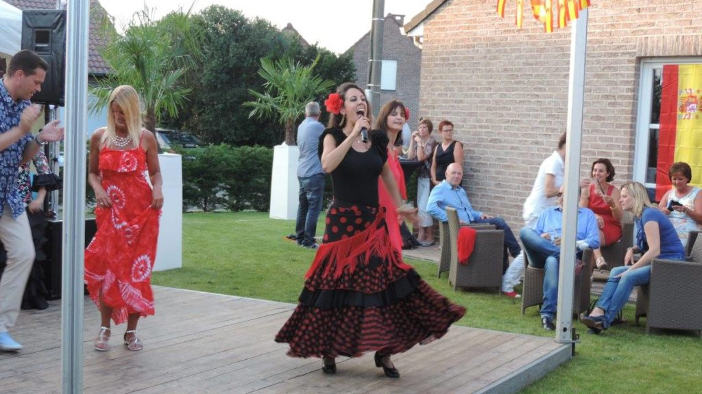 spaanse danseres zangeres los del sol