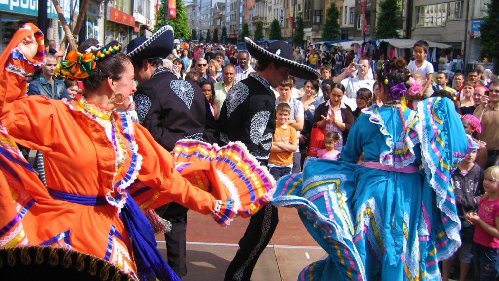 Mexicaanse dans, Mexicaanse dansgroep, Mexicaanse danseressen, Mexico, danse Mexicaine