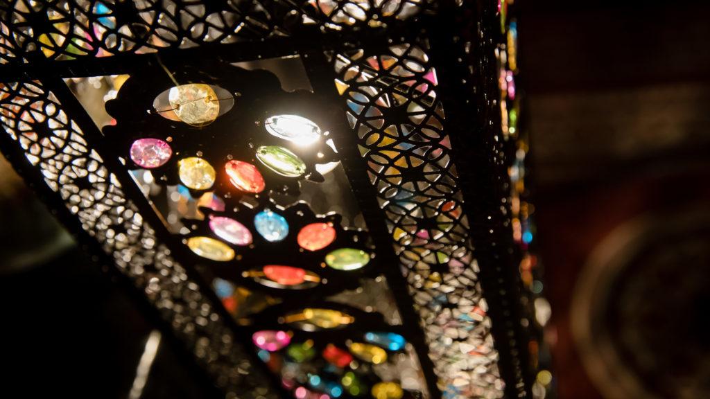 Oosterse decoratie, 1001 nacht decor, arabisch decor, arabische decoratie, marokkaanse decoratie, verhuur oosterse tapijten, verhuur oosterse lantaarns