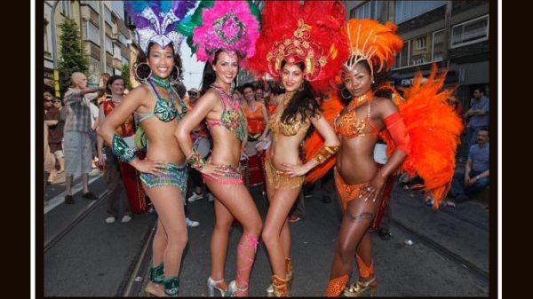 sambashow, Braziliaanse danseressen, samba danseressen