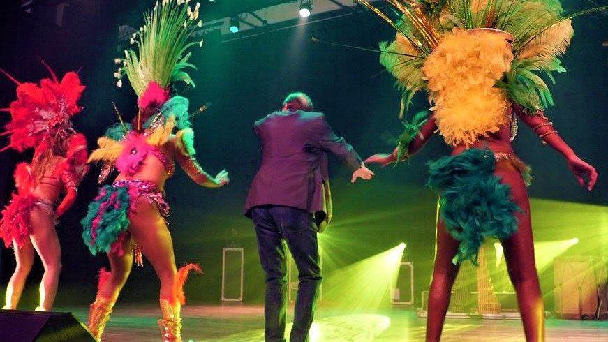 sambashow, braziliaanse danseressen, interactie